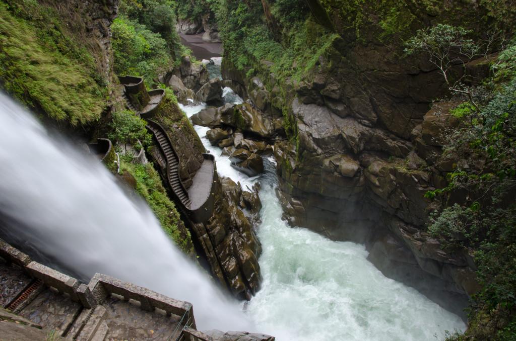 Luxury-Travel-Tour-To-Ecuador-Pailon Del Diablo-Waterfall
