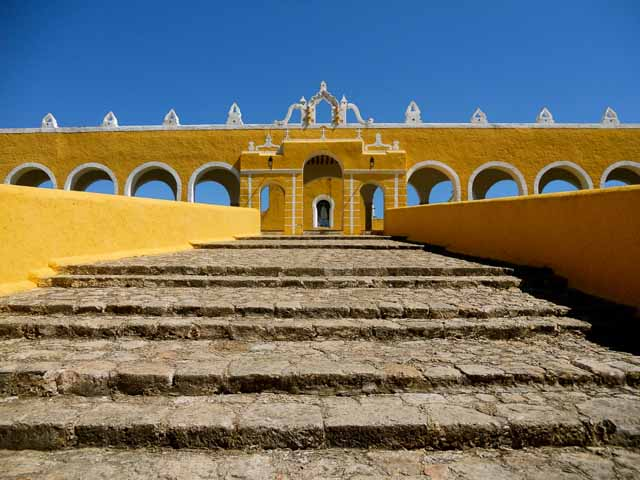 Postcards from… Mexico – The 'Yellow City' of Izamal.