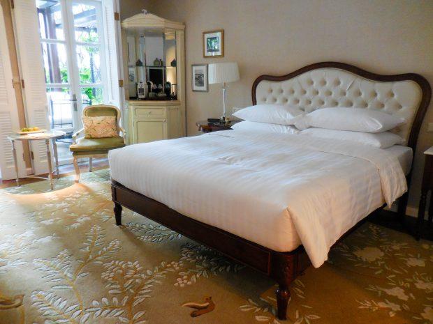 luxury hotel room in saigon